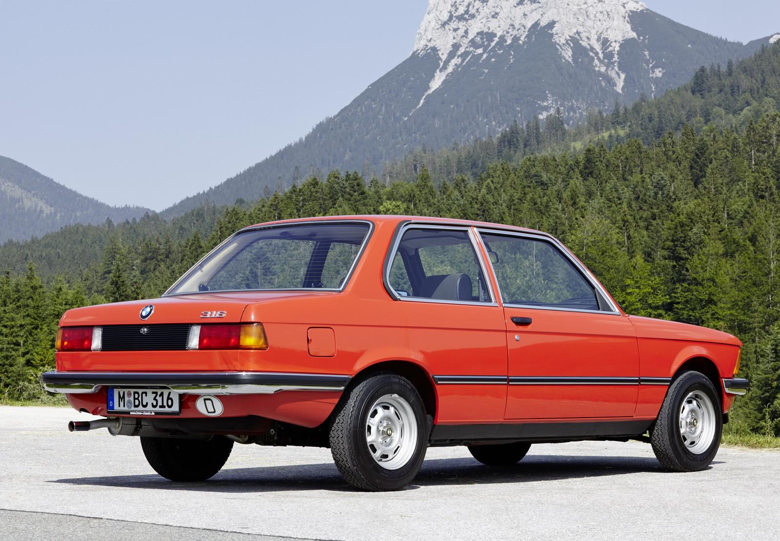 เครื่องยนต์ 4 สูบที่พัฒนาตั้งแต่ยุค 60s สืบทอดมาเป็นเวลานาน ทั้งในรถบ้านและรถพันธุ์แรงของ BMW