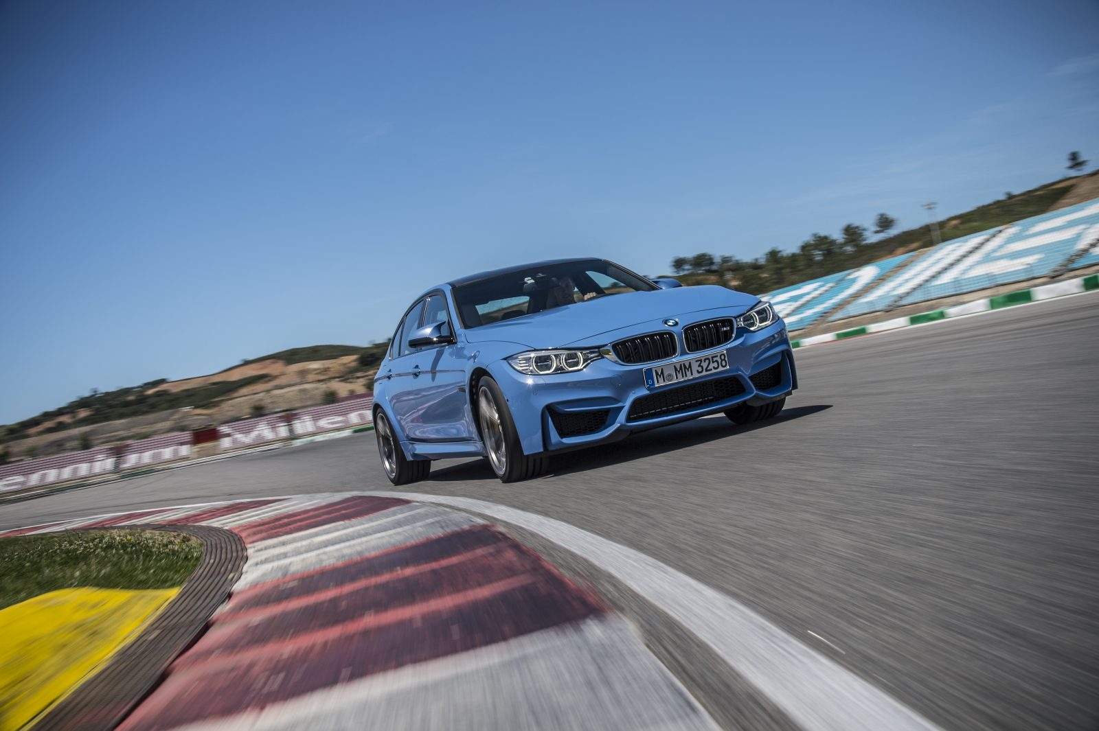 f80-m3-front-in-motion